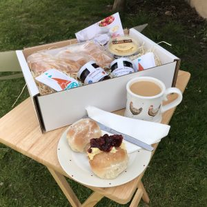 FOUR DEVON SPLIT CREAM TEA